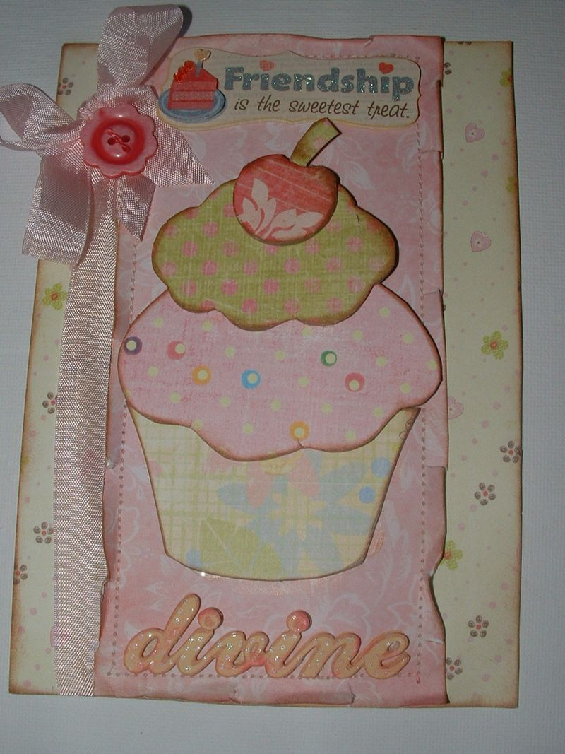 Cupcake with button 002