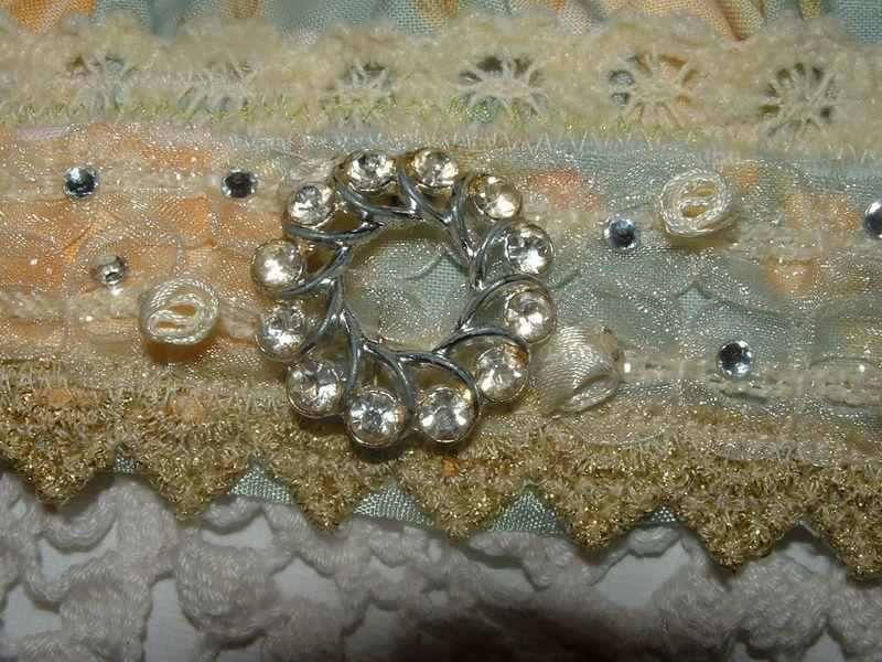 Victorian cuff 003