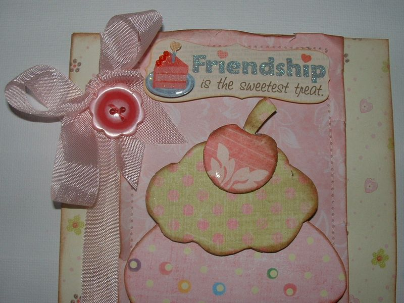 Cupcake with button 003
