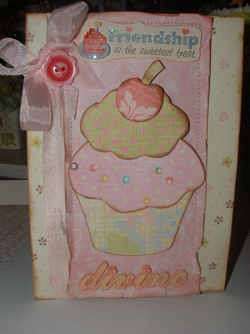 Cupcake with button 007