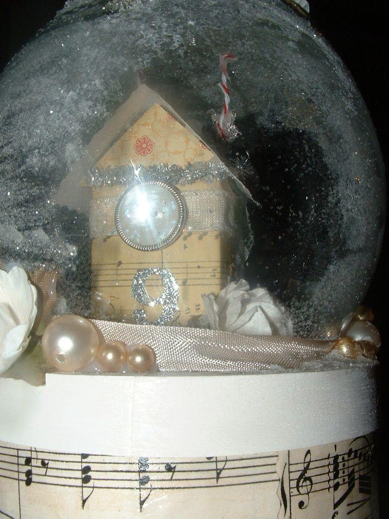 Snow globe 030