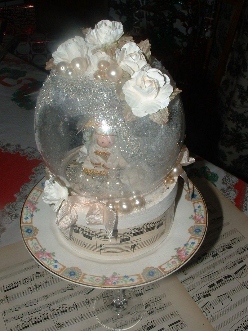 Snow globe 014