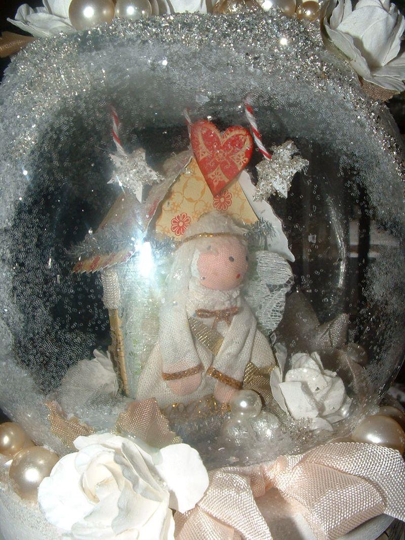 Snow globe 016